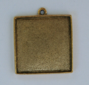 Grande Pendant Square Single Loop - Gold