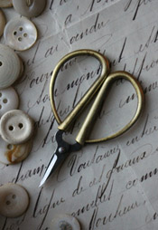 Petite Embroidery Scissors - Gold