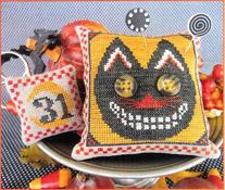 Button Eyed Cat