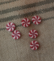 Small Peppermint Swirl Buttons